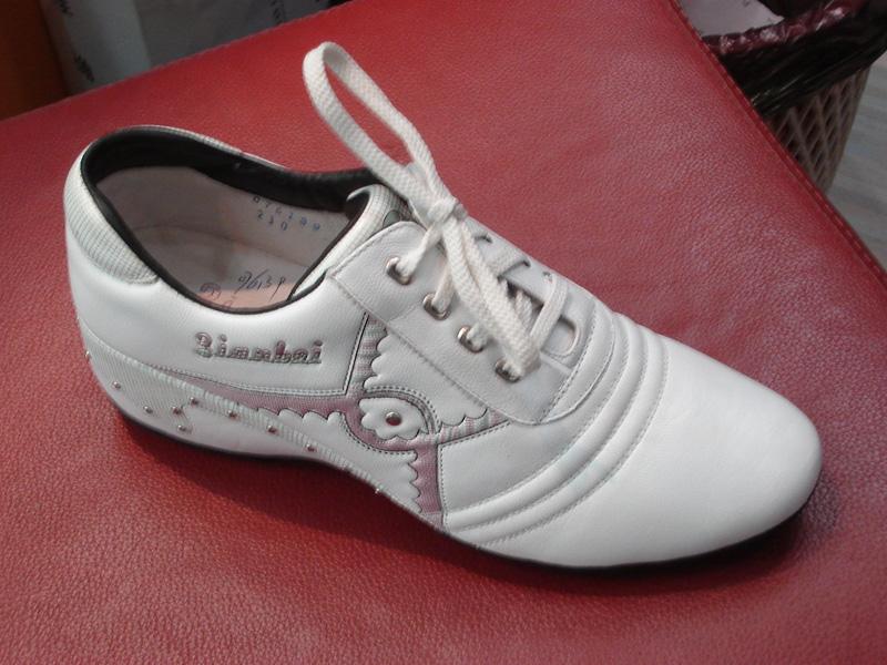 男式休闲皮鞋02图片